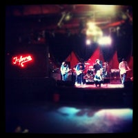 Photo taken at Inferno Club by Rafael O. on 7/14/2012