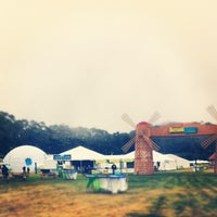 Photo taken at Club #Ultrabook Hosted by Intel @sfoutsidelands by Mike F. on 8/10/2012