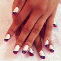 Photo taken at Luciana Manicure - Unhas Decoradas by Belle S. on 8/30/2012