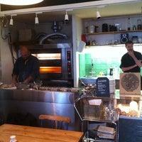 Photo taken at Pizza Hatt by Staffan H. on 6/14/2011