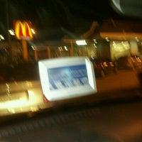 Photo taken at McDonald's by Mônica Z. on 11/26/2011
