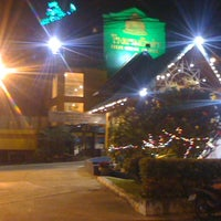Photo taken at Inn Come Hotel Chiang Rai by 9Jack on 12/25/2010