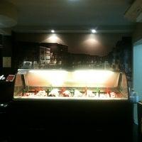Photo taken at Stuzzi - Gelateria Italiana by Viviane P. on 5/12/2012