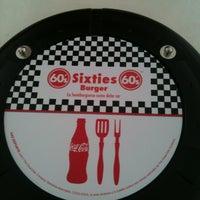 Photo taken at Sixties Burger by JAIME LEMUS A. on 1/17/2012