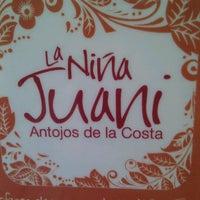 Photo taken at La Niña Juani, Antojos de la Costa by Luis G. on 12/4/2011