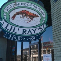 Photo taken at Lil' Ray's Poboys & Seafood by Debbie L. on 1/2/2012