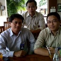Photo taken at Nusantaraku resto & cafe by Joko N. on 2/9/2012
