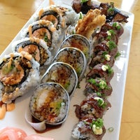 Photo taken at Fish Market Sushi Bar by Pammie T. on 8/4/2012