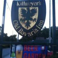Photo taken at Killmeyer's Old Bavarian Inn by Vinny R. on 8/14/2012