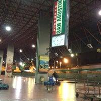 Photo taken at Terminal de Ómnibus de Córdoba by Leandro B. on 3/23/2012