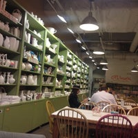 Photo taken at Alisa's Painted Bistro/Color Me Mine by Gary O. on 6/30/2012