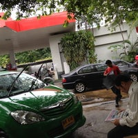 Photo taken at Caltex by Paengmee V. on 7/4/2012