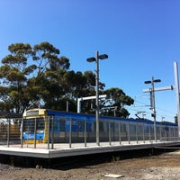 Photo taken at Craigieburn Station by Samantha on 1/14/2011