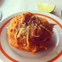 Photo taken at Restaurante Siri - Tijuca by Delmiro J. on 11/5/2011