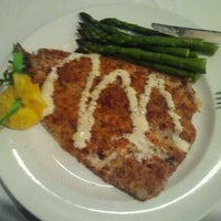 Photo taken at The Capital Grille by Robert R. on 11/23/2011