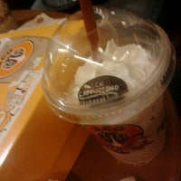 Photo taken at J.Co Donuts & Coffee by Na R. on 12/25/2011