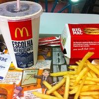 Photo taken at McDonald's by Luiz P. on 4/22/2011