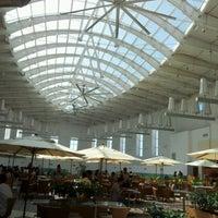 Photo taken at Capim Dourado Shopping by Wesley Bandiera on 6/15/2012