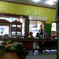Photo taken at Warung Nasi Ibu Imas 2 by chica f. on 11/4/2011