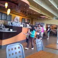 Photo taken at Starbucks by Rajesh N. on 6/27/2011