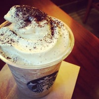 Photo taken at Starbucks by Yeonnie K. on 5/23/2012