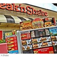 Photo taken at Steak 'n Shake by Joe P. on 5/6/2012