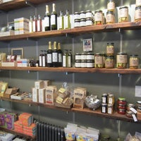 Photo taken at Malt & Mold by 7th.List on 5/28/2012