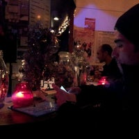 Photo taken at The Flying Pig Downtown Hostel by Ruben R. on 12/23/2011