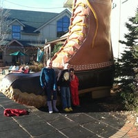 Photo taken at L.L.Bean Northport Call Center by QTCDN 🌻 on 11/8/2011