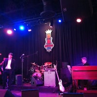 Photo taken at BB King's Blues Club by Ziad R. on 4/6/2012