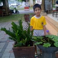 Photo taken at Bakmi Keriting Pematang Siantar by lucia F. on 10/31/2011