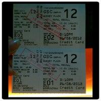 Photo prise au Golden Screen Cinemas (GSC) par Emma O. le8/26/2012