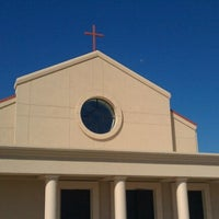 Photo taken at Church Of The Incarnation by KingRaf01 on 9/18/2011