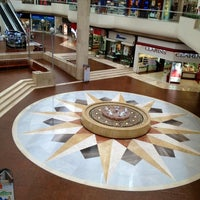 Foto tomada en Galerías Monterrey por Rick G. el 4/16/2012