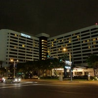Photo taken at The Westin Los Angeles Airport by Brenda N. on 6/17/2012