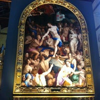Photo taken at Basilica of Santa Croce by Julia on 7/28/2012