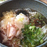 Photo taken at うどん ナザレ 豊橋本店 by Yoshihito H. on 5/7/2012