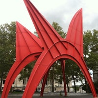 Photo taken at Wadsworth Atheneum by Jeff K. on 10/22/2011