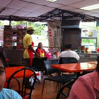 Photo taken at Char Kuey Teow Auntie Gemok by Karu R. on 8/23/2011