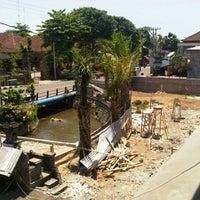 Photo taken at Jalan Hayam Wuruk by Reyki I. on 10/11/2011