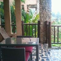 Photo taken at Katiliya Mountain Resort And Spa Chiang Rai by Ken H. on 12/10/2011