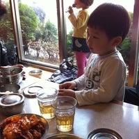 Photo taken at 신선설농탕 by Yang Keun K. on 3/10/2012