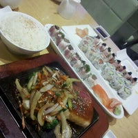 Photo taken at Fish Market Sushi Bar by Ariana P. on 10/28/2011