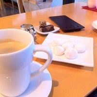 Photo taken at Chocolat Chic by Naoki K. on 3/17/2012