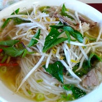 Photo taken at Pho Lien by TastyMontreal on 8/7/2012