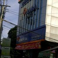 Photo taken at Đông Á Bank by wetfoot  on 1/26/2012