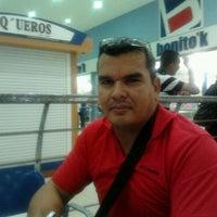 Das Foto wurde bei Ovejita von Sharon C. am 2/2/2012 aufgenommen