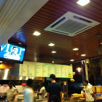 Photo taken at Original Penang Kayu Nasi Kandar by Henry L. on 9/3/2011