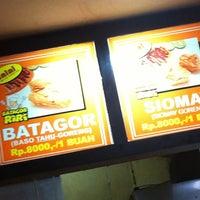 Photo taken at Batagor Riri by alex k. on 8/12/2012