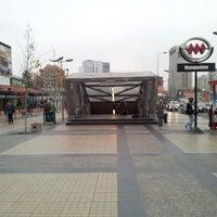 Photo taken at Plaza Antonio Pigafetta by Julio N. on 6/27/2012